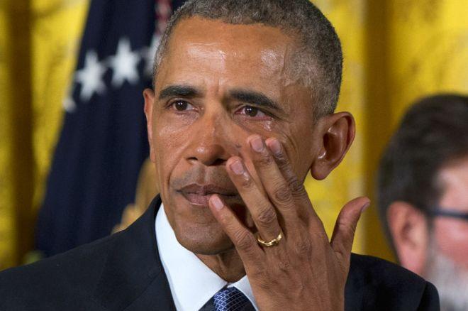 В США ужесточат правила торговли оружием — Обама