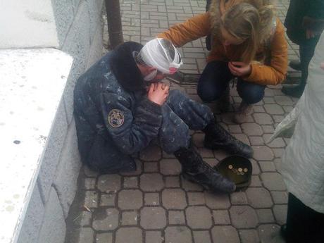 На улицах Ростова защитник «русского мира» на Донбассе просит милостыню (фото)