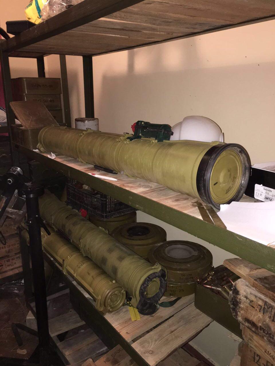 В Киев пытались переправить большую партию тяжелого оружия из зоны АТО (фото)