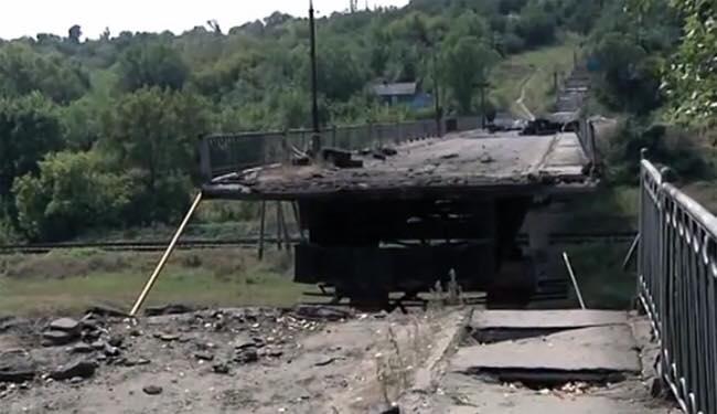 Почему власть Северодонецка не может восстановить мост
