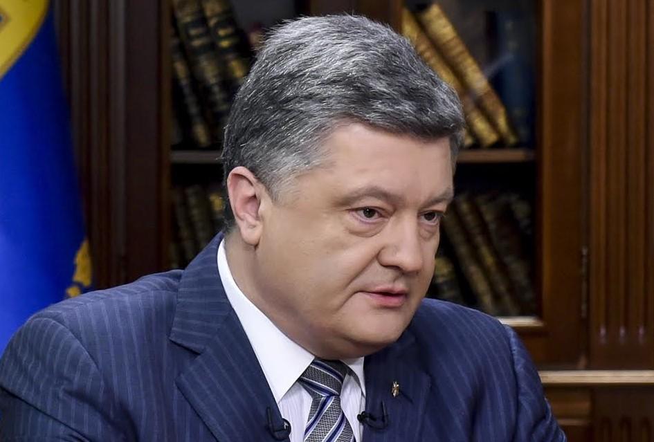 Порошенко заявил, что Россия может возобновить боевые действия на Донбассе