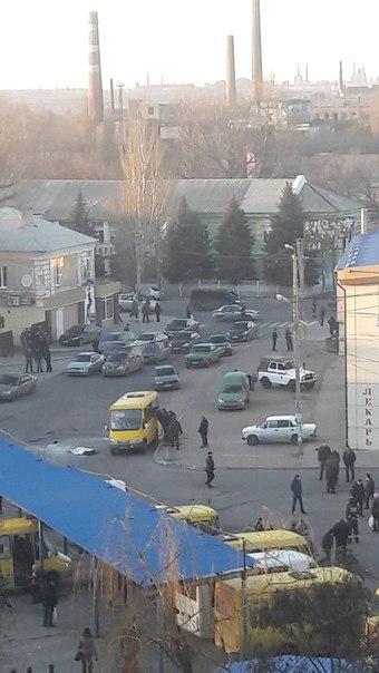 В Макеевке в маршрутку бросили гранату – двое погибших (обновлено)