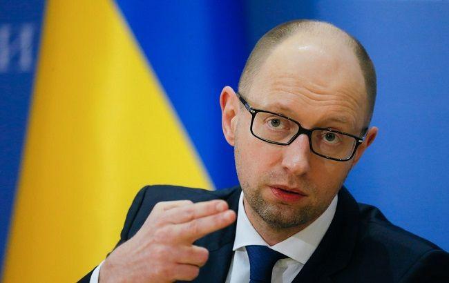Кабмин запретил критиковать украинскую власть