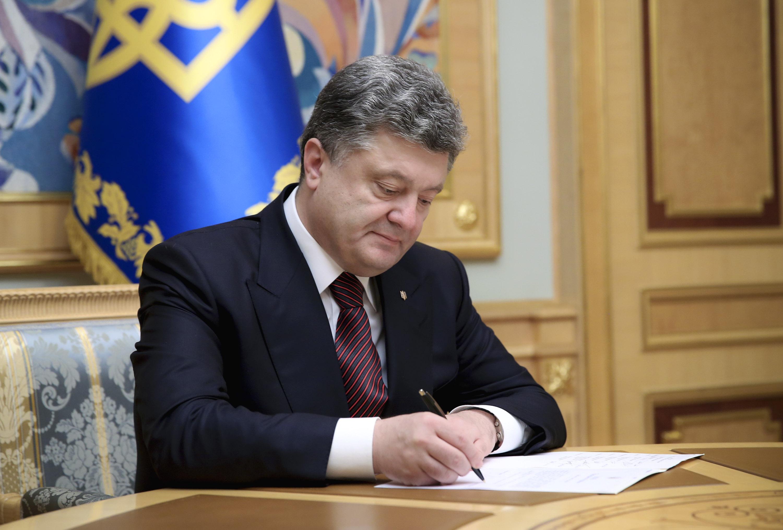 На Луганщине уволили главу Сватовской администрации