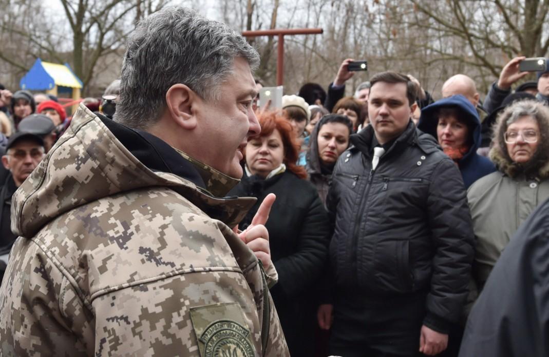 Украинская власть готова провести на Донбассе честные выборы — Порошенко