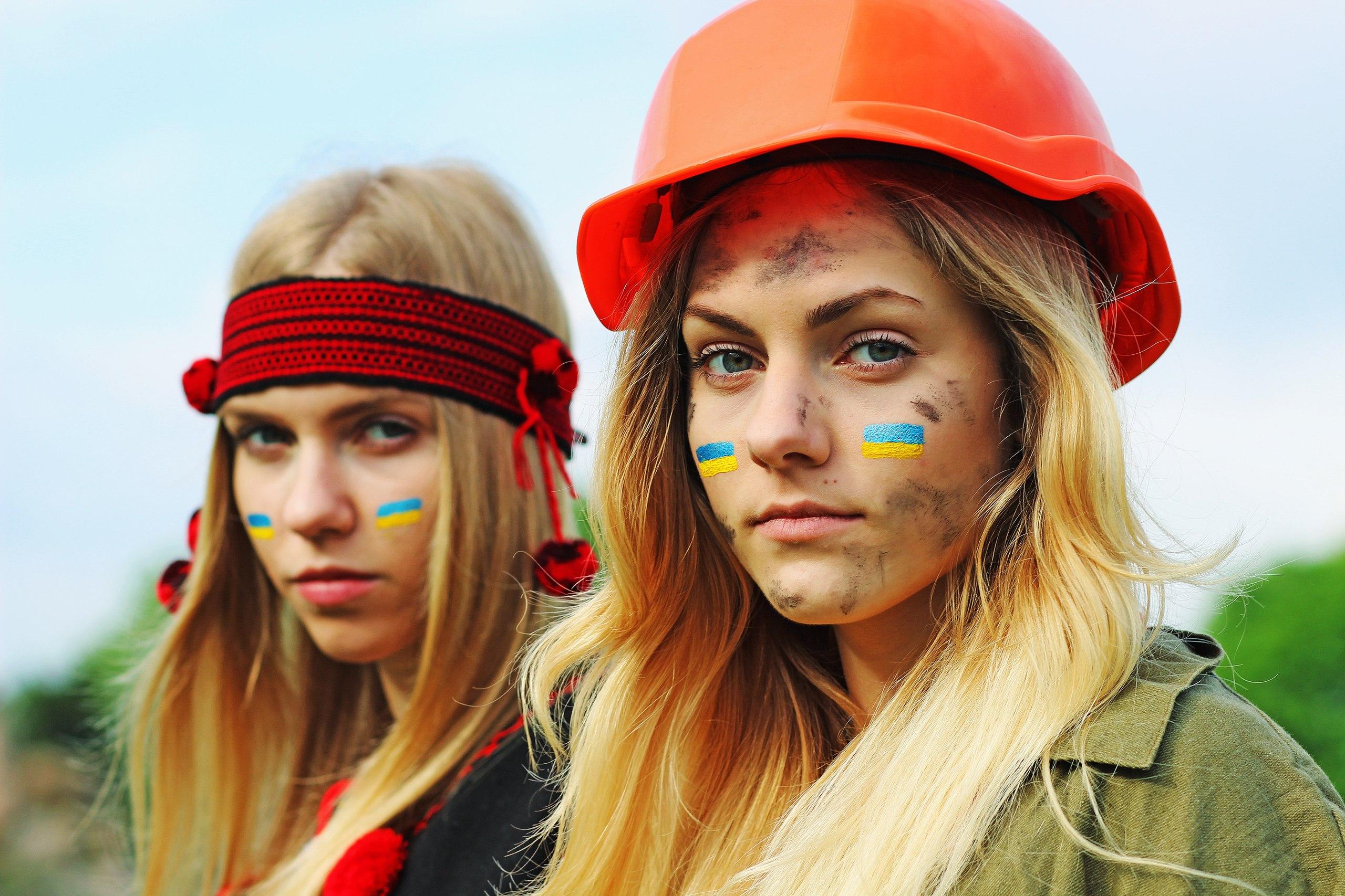 Восток и Запад должныбыть вместе. Фото со страницы Вконтакте Владимира Киселя a.k.a. Klever