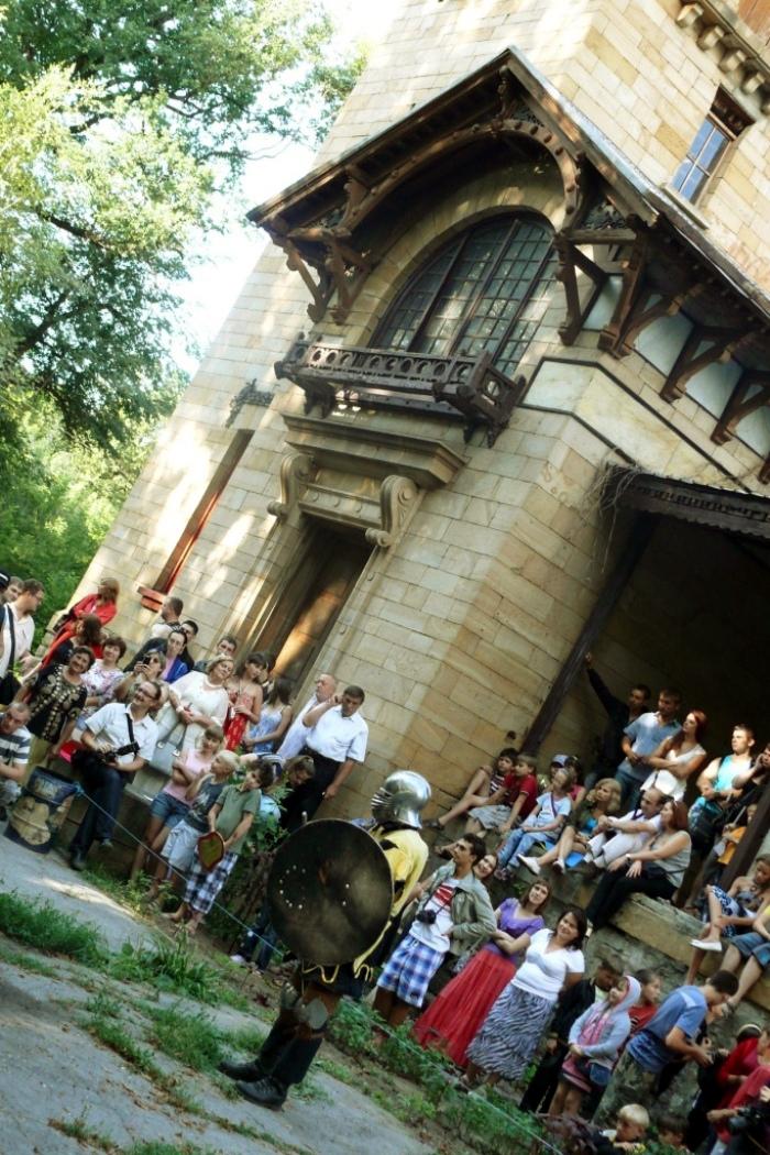 Турнир «Меч Востока», усадьба Мсциховского, август 2012-го. Фото с сайта ОстроВ