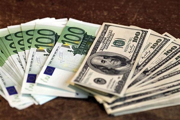 Нацбанк разрешил украинцам покупать и продавать валюту без паспорта