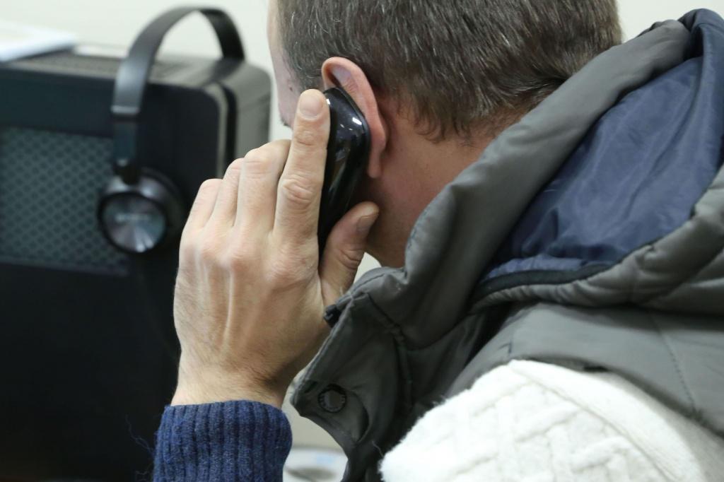 Общественники рассказали о мошенниках, которые звонят переселенцам и предлагают помощь