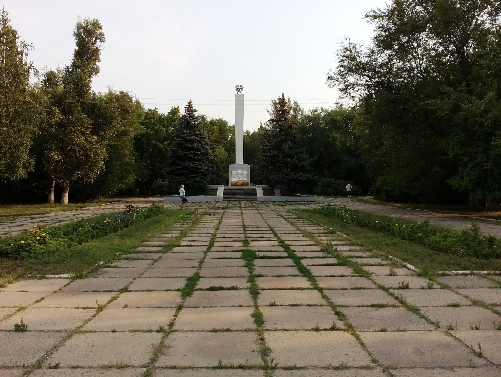Памятник павшим