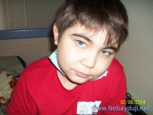 Помогите маленькому Назару, которому мама отдала свою почку, выжить