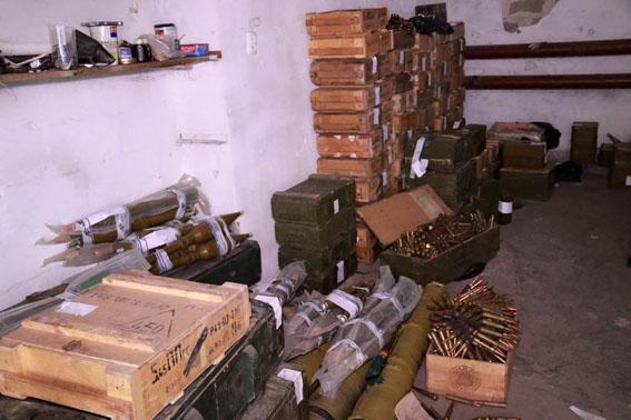 Привезти оружие из Донецкой области то же самое, что кофе или шоколад из Львова — Аброськин