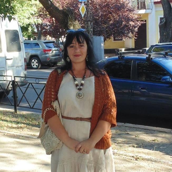 Елена Игнатенко переехала из оккупированной части Луганской области