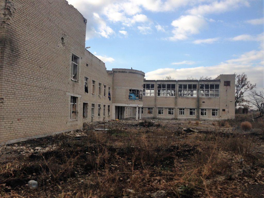 В прифронтовом районе Марьинки почти не осталось жителей (фото)