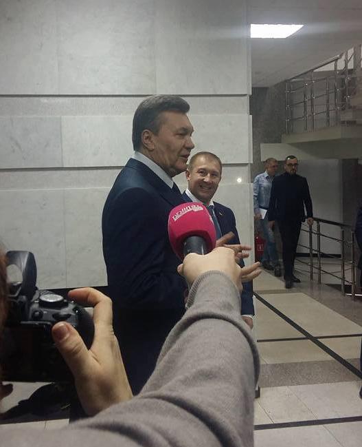 Янукович возмущен, что его не допросили — СМИ