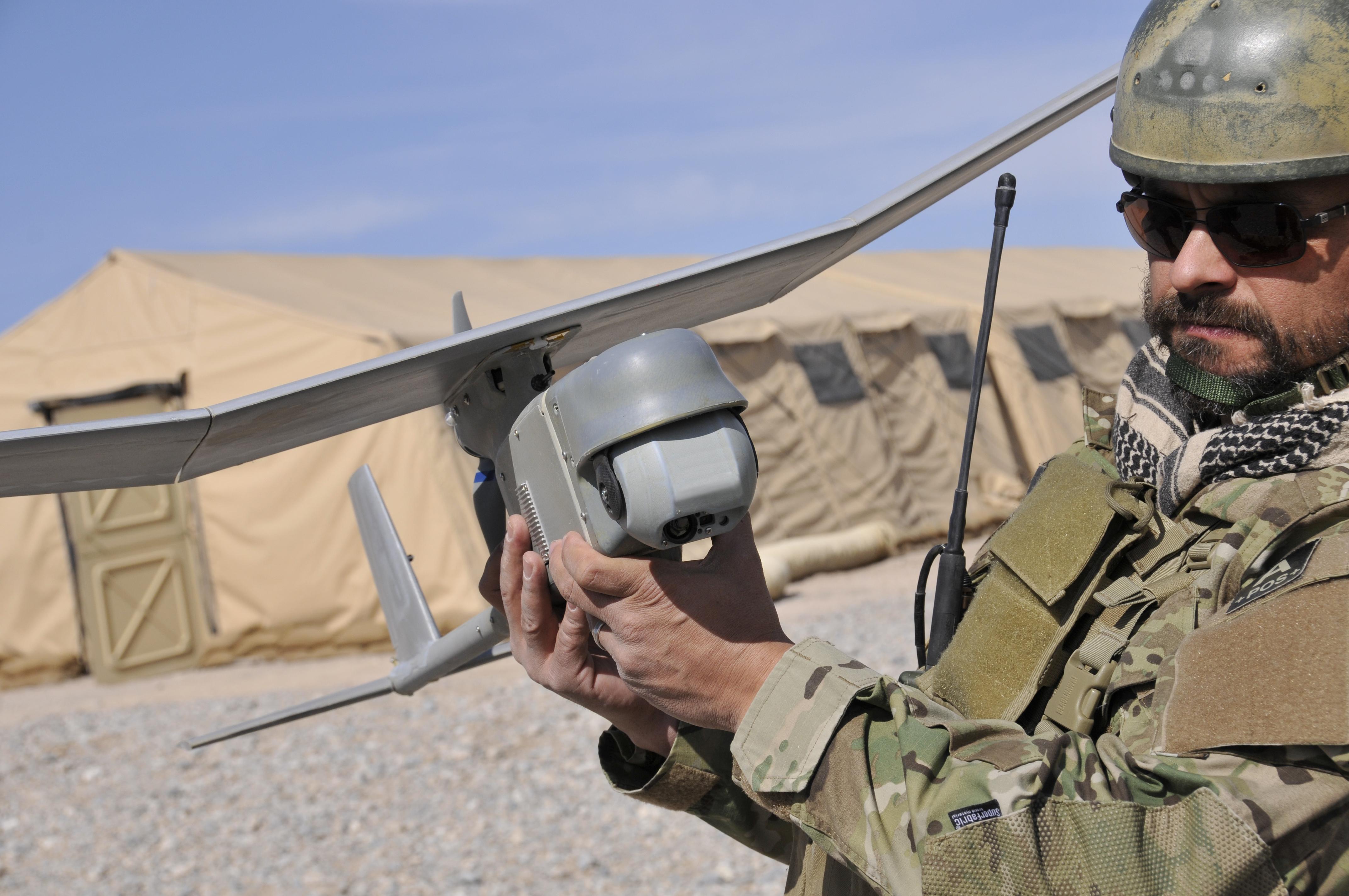 Полученные ВСУ американские разведывательные беспилотники RQ-11B Raven («Ворон») помогают сохранить жизни нашим военным