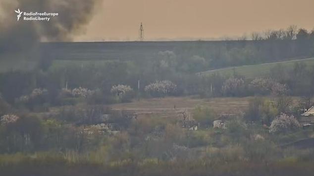 Опубликовано видео момента взрыва машины ОБСЕ на Луганщине