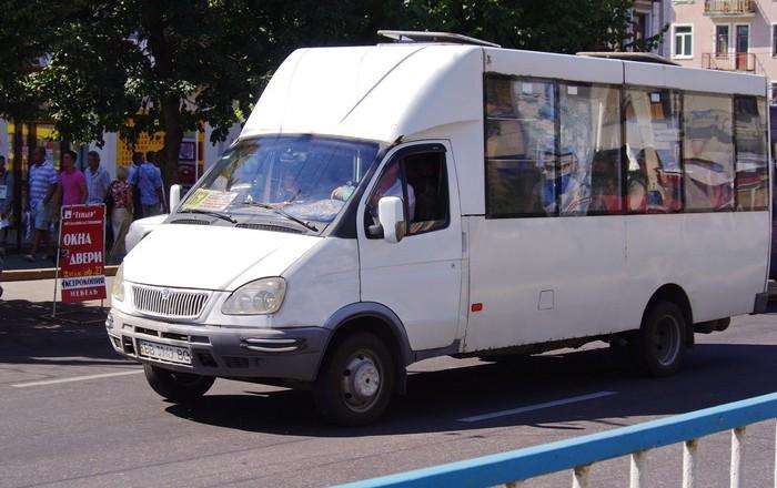 С 12 марта до 12 рублей. В Луганске повышают Луганске цены на проезд в общественном транспорте