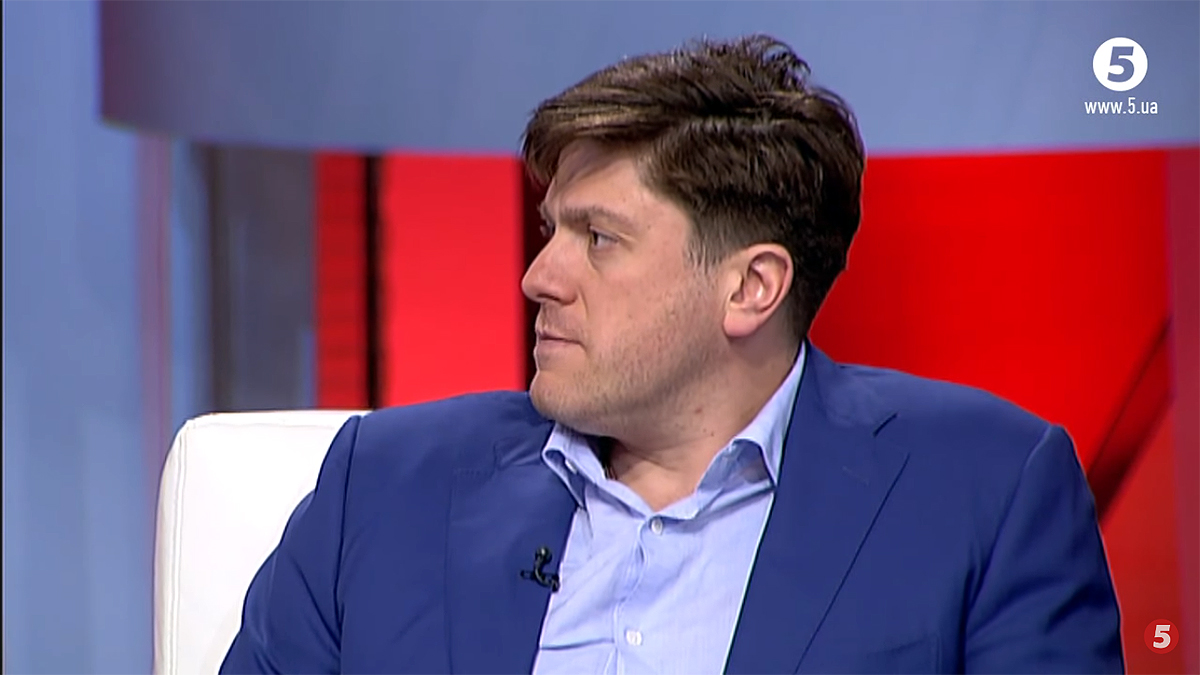 Нардеп Иван Винник в студии ток-шоу «Час. Підсумки дня». Скриншот с YouTube