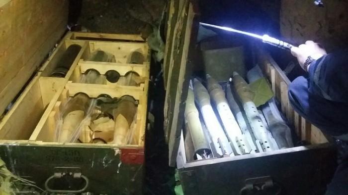 На Луганщине нашли тайник боевиков, заминированный «растяжкой»