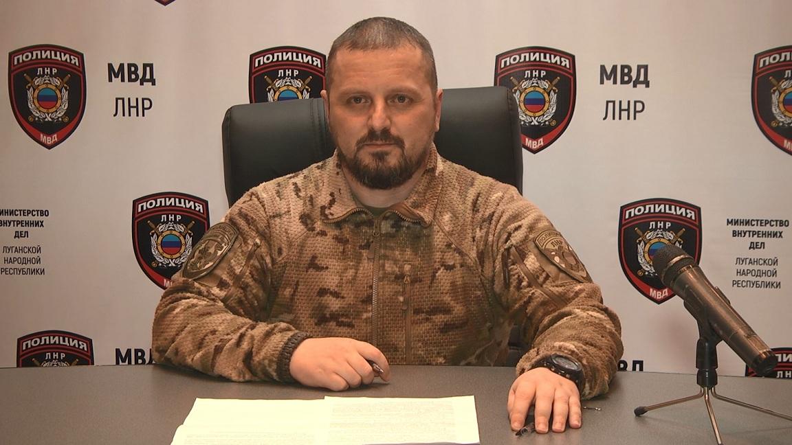 Корнет опроверг свою отставку и обвинил ближайшее окружение Плотницкого