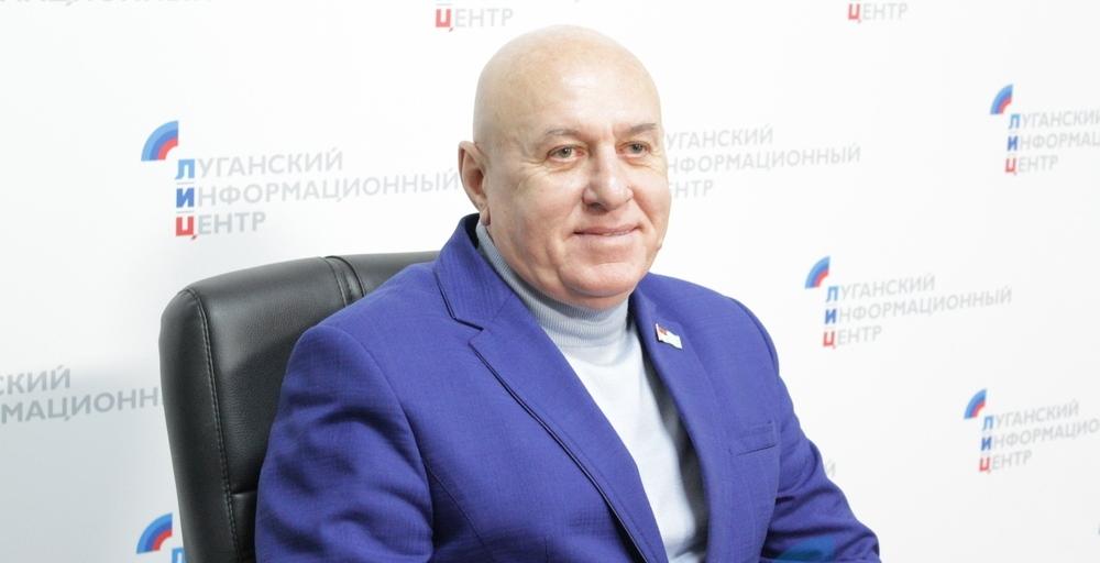 В Абхазию по луганской прописке