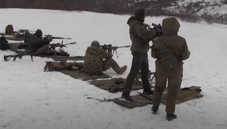 На Луганщине прошли соревнования снайперов