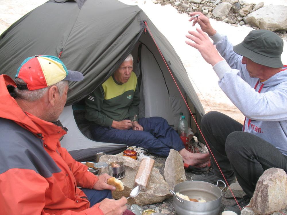 Альпинисты из «ЛНР» намерены дать имя одной из вершин Эльбруса