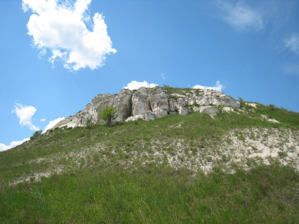 Остров Любви, памятник Остапу Бендеру и музей ангелов:18маршрутов на майские по востоку Украины