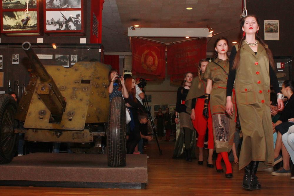 «ЛНР-фэшн»: модный показ по-лугански (ФОТО)
