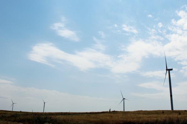 В «ЛНР» запустили отжатые ветрогенераторы