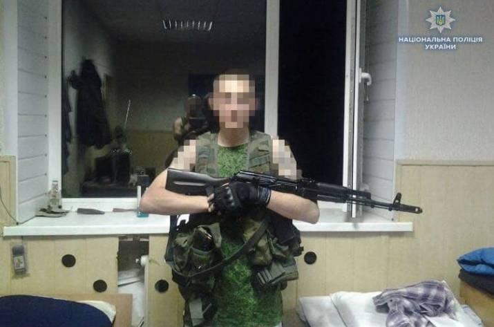 Перебегал «серую зону» по минному полю: задержан разведчик «ЛНР»