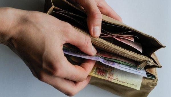 На Луганщине самые высокие зарплаты — в Северодонецке, самые низкие — в Лисичанске