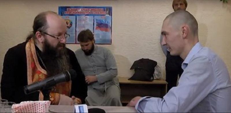 «ЛНР» пустила священнослужителей УПЦ Московского патриархата к троим военнопленным