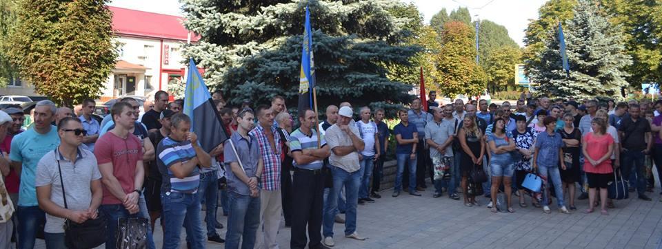 На Донетчине 5 горняков начали подземную забастовку