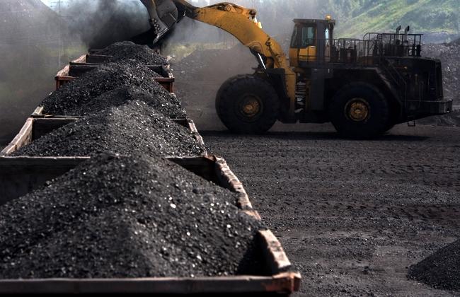 «ЛНР» продает России уголь и возит его через «ДНР»
