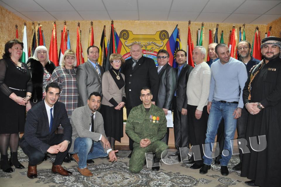 «Мировые наблюдатели»: кто приехал на «выборы» в «ЛНР»?