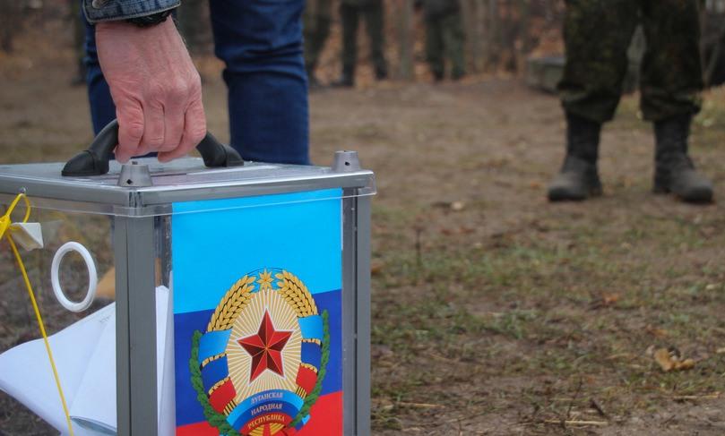 Группировка «ЛНР» утверждает, что явка на «выборах» составила 77%, в «ДНР» — свыше 80%