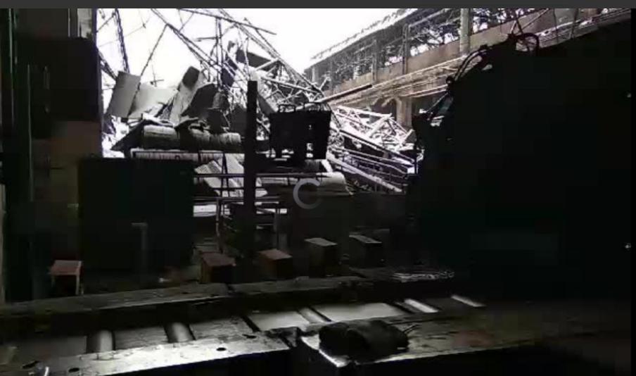 Четыре случая: в «ЛДНР» из-за снега рушатся крыши зданий