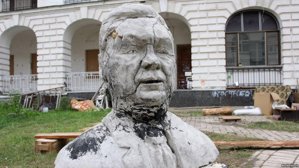 Реставрация «семьи» Януковича на Донбассе: возможно ли?