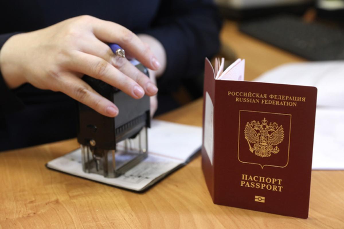 Путин упростил выдачу российских паспортов жителям неподконтрольного Донбасса