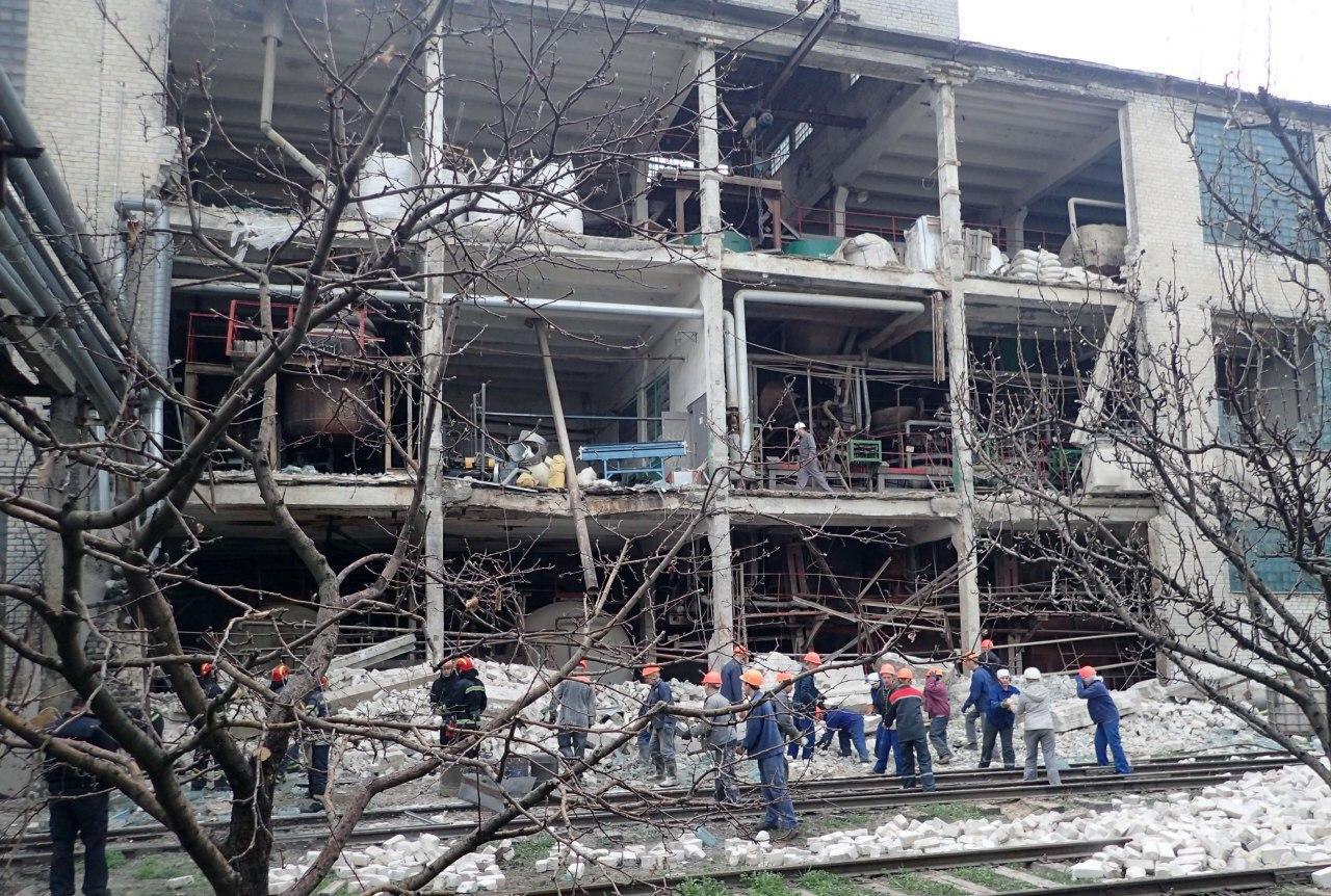 На заводе в Лисичанске прогремел взрыв
