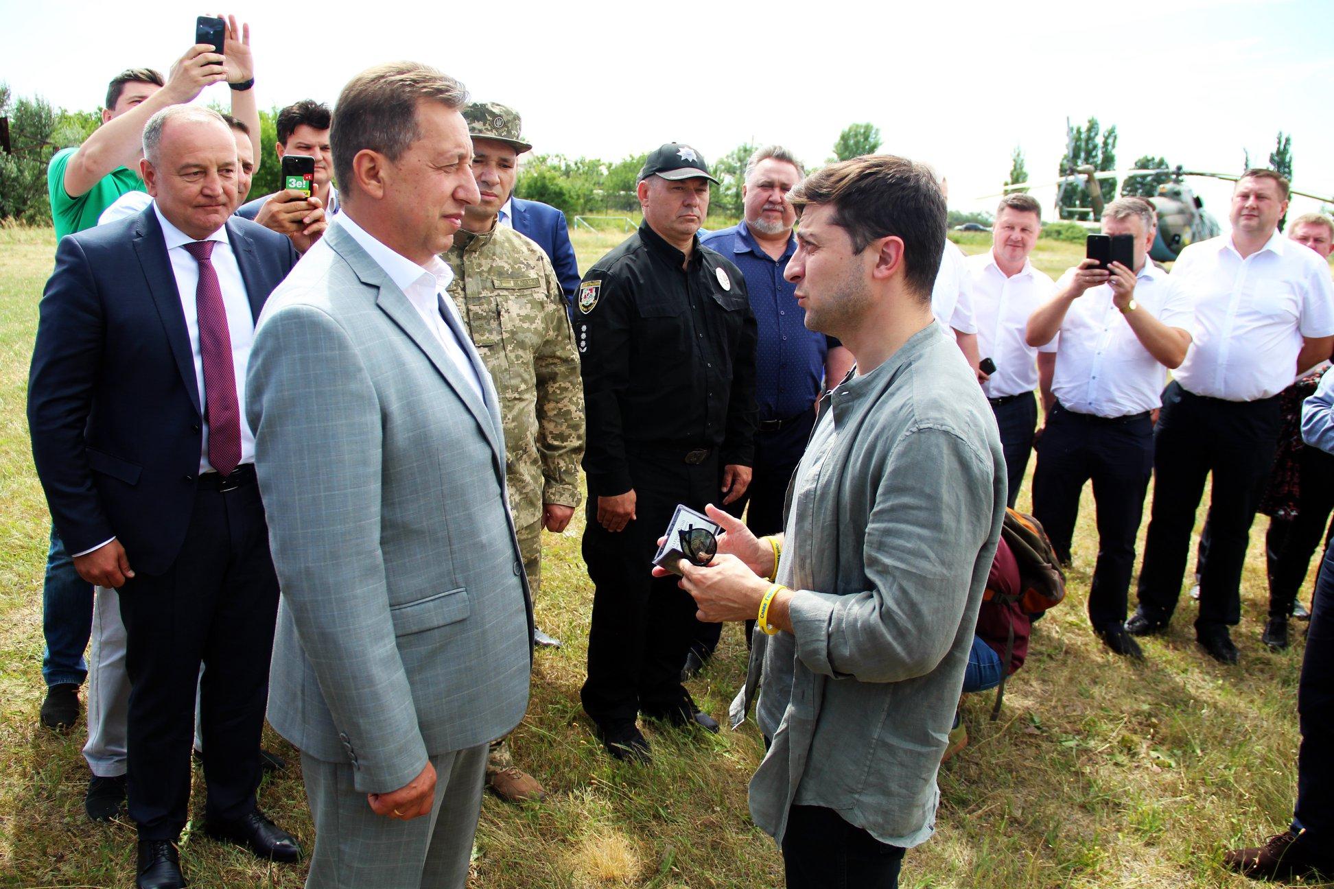 Зеленский представил нового председателя Луганской ОГА