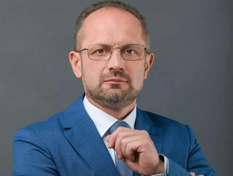 Зеленский уволил Бессмертного с поста представителя ТКГ в Минске