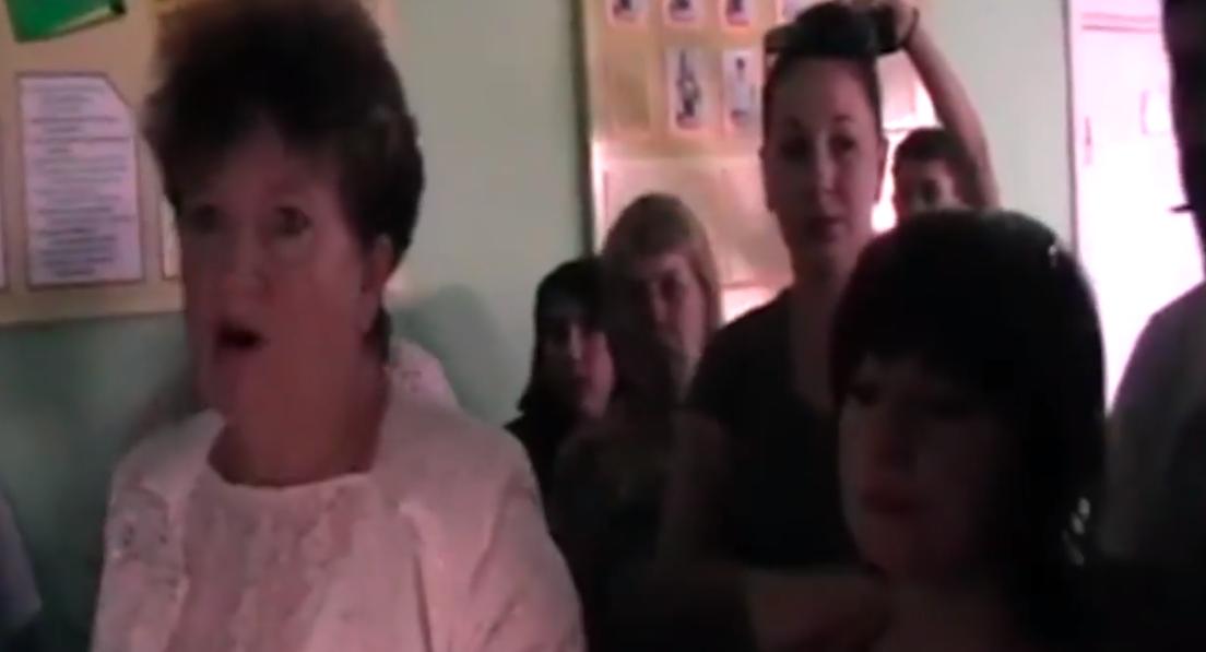 В «ЛНР» школу хотят отдать под казарму: родители протестуют