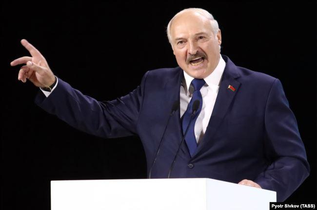Лукашенко вспомнил о Плотницком и Захарченко и призвал Зеленского вести переговоры с «ЛДНР»