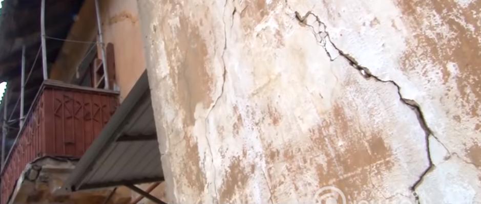 СМИ «ДНР» показали репортаж о подземных толчках в Макеевке. «Власть» отрицает, всему виной шахты