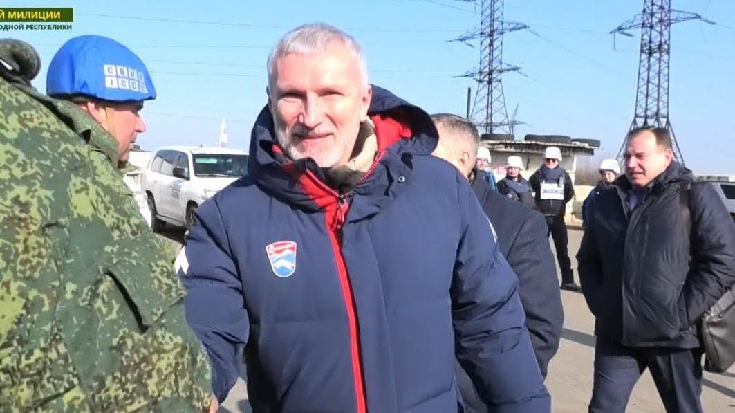 Депутат Госдумы РФ приезжал в район Золотого посмотреть на разведение сил