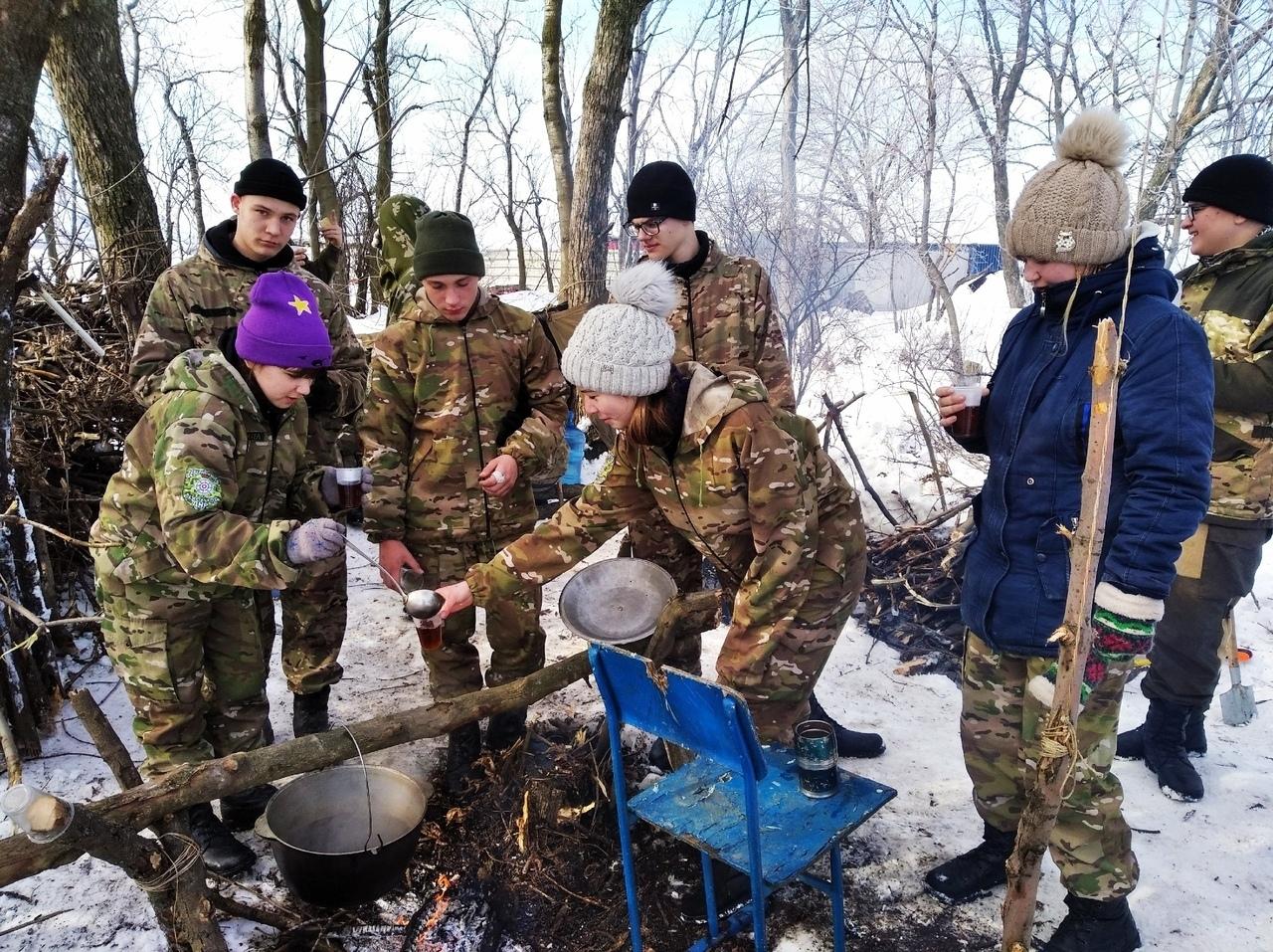 В ОРДО детей вывезли на полигон учиться выживать в зимних условиях