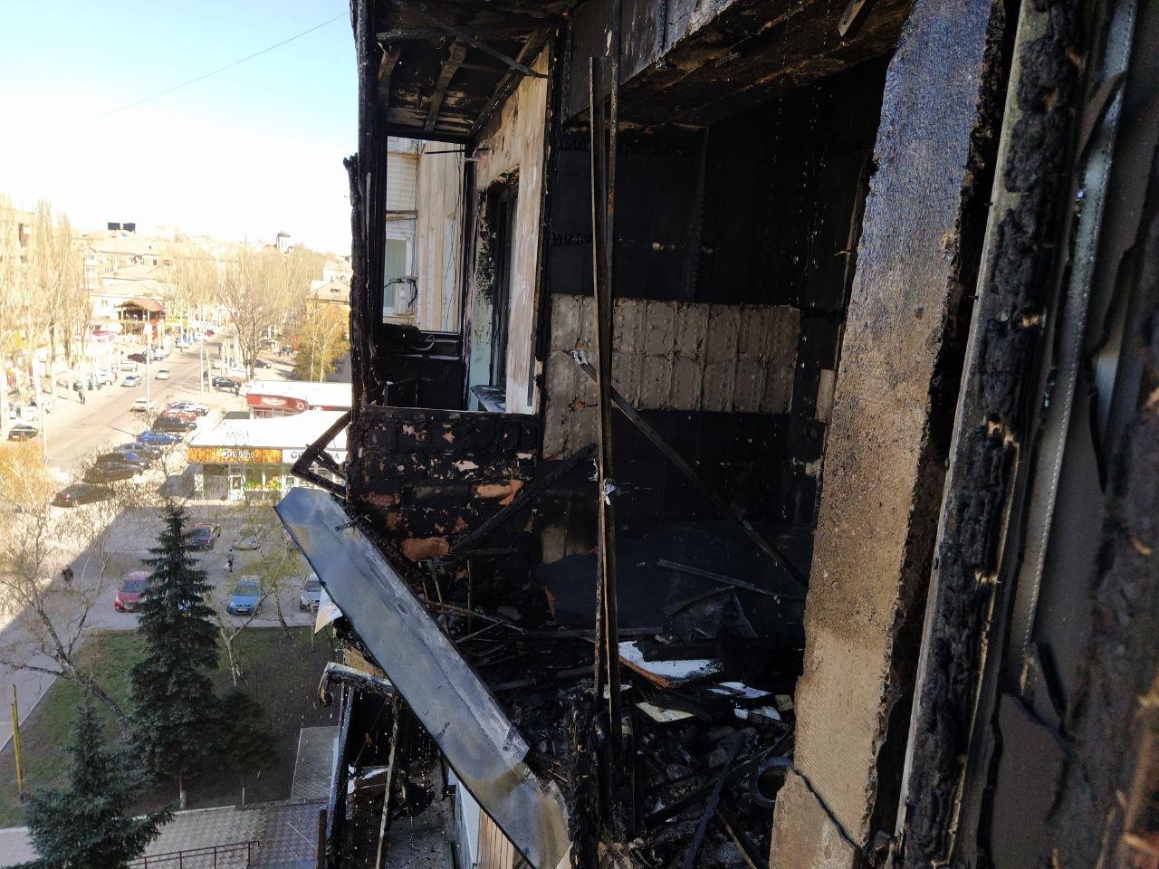 В Макеевке выгорели 5 квартир в многоэтажке